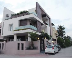 Duplex at indore asian style houses by shadab anwari & associates. Modern Bungalow Exterior, Modern Exterior House Designs, Modern House Facades, Modern House Design, Bungalow Haus Design, Duplex House Design, Indian Home Design, House Outside Design, House Front Design