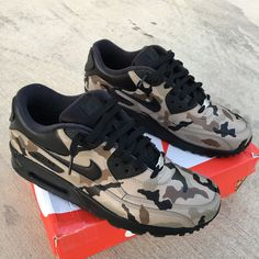 more photos 60fb4 fa926 Custom Painted Desert Camo Nike Air Max 90 Sneakers