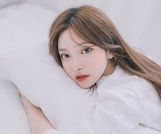 Find images and videos about girl, cute and beautiful on We Heart It - the app to get lost in what you love. Mode Ulzzang, Ulzzang Korean Girl, K Fashion, Korean Fashion, Kim Na Hee, Fan Edits, Kpop Girls, We Heart It, How To Look Better