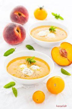 Eine Sommersuppe für Genießer - Pfirsich-Tomaten-Suppe, ein Rezept