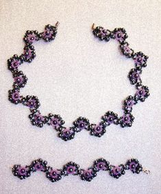 Free pattern for necklace and bracelet Charlize
