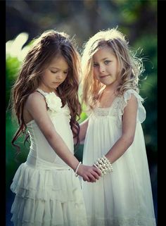 FLOWER GIRL DRESSES - can't wait to see my girls as flower girls digging this natural look x