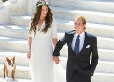 """Tatiana Santo Domingo and Andrea Casiraghi . The couple, who had formalized the relationship in the calendar last year, said """"yes"""" this Saturday (1:02) in the Swiss Alps, more precisely in the convent of Rougemont. For the occasion, the bride wore dress Valentino,  a tiara of diamonds used by Princess Charlotte and the Princess Caroline.This photo is of civil ceremony in Monaco....."""