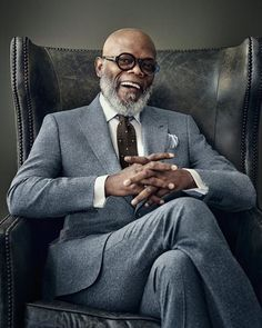 Samuel L Jackson. Enough said.  Via Pinterest #SamuelLJackson  #MistaManMonday #GrayBeard  #GrayHairMagic #BlackMenGrayHair #GrayHairDontCare  #BrothaYourGrayHairIsBeautiful #readventures #reathegal #readagal