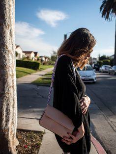 Three Ways To Wear a Scarf - the bag strap
