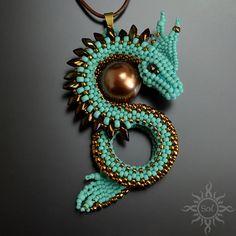 #beading #beadwork #turquoisependant #3Dpendant #dragonscales #dragonscalespendant #dragonpendant #gameofthrones #gameofthronesgift #fantasyjewelry #fantasypendant #fanjewelry #gotgift #gotjewelry #thronesjewelry #3Ddragon #seashellpendant #brownseashell #seashellpearl #turquoisejewelry #turquoisedragon #turquoiseandbrown #summerjewelry #summerpendant