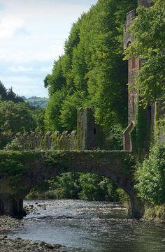 The hidden entrance, Glenarm Castle / Northern Ireland (by icecoldkitten).