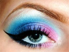 Eye shadow that looks like cotton candy