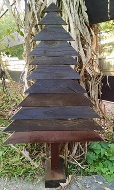 wooden pallet high top faux tree