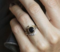 Eclipse Diamond Ring Set in or Solid Gold, Alternative Engagement Set With Center Black Onyx or Black Diamond, Diy Abschnitt, Engagement Sets, Alternative Engagement Rings, Engagement Ring Settings, Onyx Engagement Ring, Alternative Wedding, Wedding Engagement, Wedding Band, Diamond Ring Settings, Diamond Bands