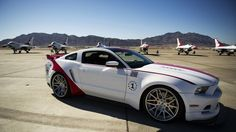 Ford has created the 2014 Ford Mustang GT US Air Force Thunderbirds Edition to auction off at the Experimental Aircraft Association (EAA) Gathering of Eagles charity event to raise money to inspire the next generation of aviators.