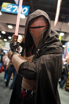 My sons Darth Revan Star Wars Cosplay I made the mask. :) San Diego Com - Star Wars Cosplay - Star Wars Cosplay news - - Comic Con Cosplay, Best Cosplay, Star Wars Costumes, Cosplay Costumes, Cosplay Ideas, Sith Mask, Star Wars Helmet, Mandalorian Cosplay, Star Wars Gifts