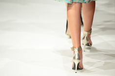 #BryantPark, #Fashion, #Beauty, and #GothamGlows…. We're gearing up for #NewYorkFashionWeek and getting #models #runway ready. Let us give you your fashion show glow.  Book your session today! #NYFW #FashionShow #legs #NYC #GTGAGG #Glow