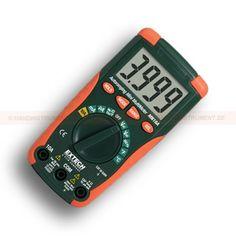 http://termometer.dk/elektrisk-testvarktoj-r12676/multimeter-digital-automatisk-omradevalg-53-MN16A-r12724  Multimeter, digital, automatisk områdevalg  Stort letlæseligt digitalt display  AC / DC spænding og strøm, modstand, kapacitans, frekvens, kontinuitet, diode test, Type K Temperatur og Duty Cycle  Automatisk slukning med deaktivere funktionen  Komplet med gummi hylster, 9V batteri, wire sensor type K og prøveledninger Garanti: 2 År