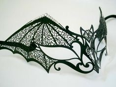 Dark Temptation Filigree Venetian Masquerade Mask - Nero