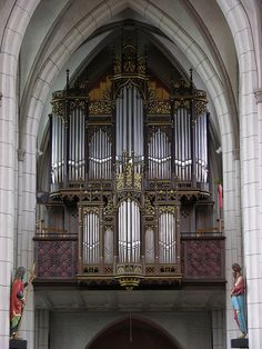 Straelen - RC Church of Saint Peter and Paul, organ, via Flickr.