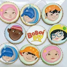 Boboiboy cookies Fancy Cookies, Sugar Cookies, Princess Cookies, Decorated Cookies, Cupcake Toppers, Cookie Decorating, Macarons, Bro, Cakes