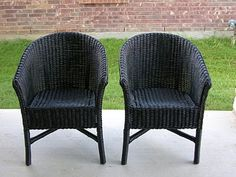 Creative Splatter: Painted Wicker Chairs thinking I'm painting my chairs this color...