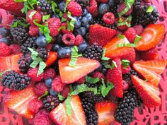 Ten festive ways to get your A Day - Food - Yahoo! New Zealand Food Fruit Salad Recipes, Strawberry Recipes, New Zealand Food, Stone Fruit, Recipe Today, Quick Meals, Summer Recipes, Free Food, Berries