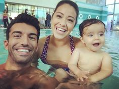"justinbaldoni on instagram: ""TV family swim lessons... #chapter35 #janethevirgin"""