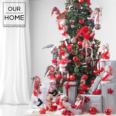 Create a fun-filled sight in your living room with these adorable elves. Whether setting up a tree or wrapping gifts, it's your choice of creating your own Christmas story with these magical plushies. Another great Christmas idea of decorating your holiday homes only from Our Home….where you find great designs at great prices.  Visit Our Home and see #OurHomefortheHolidays #OurHomeDecor #OurHomePH #ChristmasDecor #Christmas #ChristmasTree Рождественская История, Рождественский Эльф, Рождественские Венки, Рождественские Украшения, Упаковка Подарков, Современная Мебель