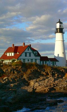 """Few things are more iconic than a late summer trip to Maine. Miles of dramatic coast, postcard-perfect lighthouses, and corner lobster stands are just some of the reasons the state has earned the much-deserved moniker """"Vacationland."""""""
