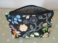 3 glavna proizvoda proljetne kozmetičke torbice - www.gloria.hr