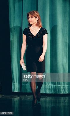 News Photo : Actress Carrie Fisher arrives on April 12, 1994 --