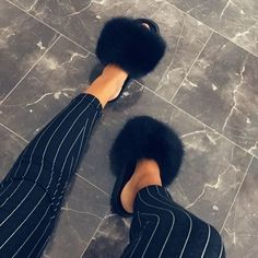 Fur slides and slippers made of real fox and rabbit fur. Step inside NOW to find all colors of fur sandals and shoes in Haute acorn online fur store. Sandals Outfit, Cute Sandals, Cute Shoes, Fluffy Shoes, Trekking Outfit, Cute Slippers, Fur Accessories, Fur Slides, Fox Fur