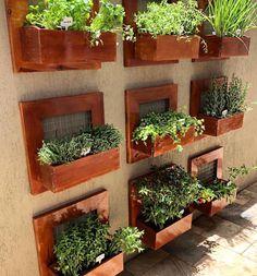 House Plants Decor, Plant Decor, Vertical Garden Design, Garden Shelves, Garden Nursery, Hanging Planters, Backyard Patio, Garden Projects, Garden Furniture