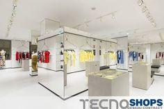 Tecnoshops è splendide soluzioni costruttive di boutiques e punti vendita che rendono grande il gusto italiano nel mondo.
