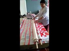 Easy quilt basting using the noodle method