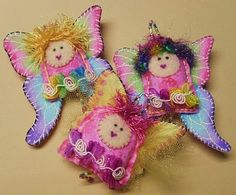 Fun and whimsical , pretty much any thing goes when making dote. Felt Crafts, Crafts To Make, Diy Crafts, Dolls And Daydreams, Angel Crafts, Spirited Art, Penny Rugs, Powder Puff, Felt Dolls