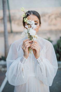 warehouse wedding inspiration at Feld & Co. Western Wedding Dresses, Bridal Dresses, Wedding Gowns, Bridal Veils, Long Sleeve Wedding, Wedding Dress Sleeves, Modern Wedding Inspiration, Warehouse Wedding, Bridal Shoot