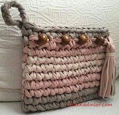 Modelle mit gekämmter Baumwolltasche - My Bag Ideas Diy Crafts Crochet, Crochet Yarn, Crochet Stitches, Crochet Projects, Crochet Patterns, Crochet Clutch, Crochet Handbags, Crochet Purses, Tshirt Garn