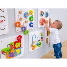 Set de 6 jeux muraux en bois Daycare Design, Kids Room Design, Nursery Activities, Infant Activities, Kids Restaurants, Playroom Flooring, Kids Salon, Kindergarten Classroom Decor, Kids Cafe