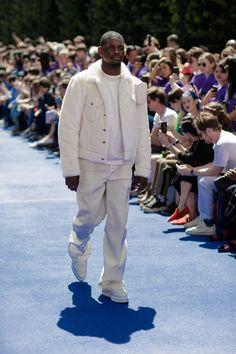 11b9f422f What Virgil Abloh's Louis Vuitton Debut Means for Streetwear