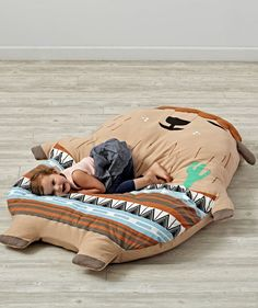 What makes the best sidekick? Being super soft for snuggles and giant enough for hugs are on the top of our list. Good thing our Soft Sidekick has all of the above. Designed just for us by Laura Berger