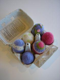woolly eggs pattern - sport weight yarns