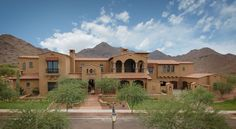 Silverleaf is a custom home community dedicated to open space highlighted by unequalled natural desert beauty and breathtaking mountain, gold and city light views.