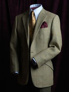 Whether you favor tweed or merino wool, you're sure to sport confidence in a tailored logsdail classic jacket.