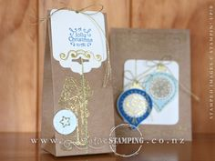 A vintage hand-stitched Christmas gift bag created using the Festive Season stamp set and coordinating Festive Stitching Thinlits Dies.  Also featuring gorgeous gold-embossed images from the Father Christmas stamp set.  www.creativestamping.co.nz | Stampin' Up! | 2016 Holiday Catalogue