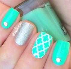 Mint quatrefoil with silver accent nail