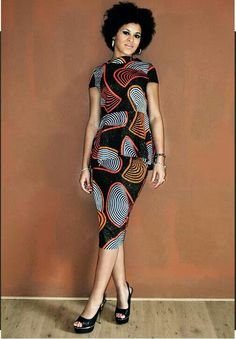 Love it! Wonder what the back of the dress looks like  Kitoko Evolution