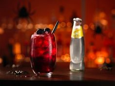 Beetween - der schaurig leckere Halloween Cocktail