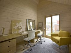 Haus Savukvartsi von Honkarakenne in Vantaa, Finnland Duplex House, Ground Floor Plan, Beautiful Interior Design, Log Homes, Cladding, Contemporary Design, Interior And Exterior, Home Office, House Design