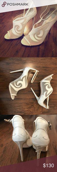 Brian Atwood White Heels Brian Atwood white heeled sandals Brian Atwood Shoes Sandals
