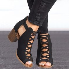 906f4d2ca1d 2 Color Women s Fashion 2018 New Arrival Summer Fashion Solid Color Hollow  Out Open Toe Width