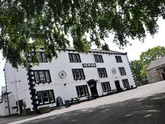 North Yorkshire The New Inn Hotel - Clapham United Kingdom, Europe Stop at The New Inn Hotel - Clapham to discover the wonders of North Yorkshire. The hotel offers guests a range of services and amenities designed to provide comfort and convenience. To be found at the hotel are daily housekeeping, fireplace, gift/souvenir shop, wheelchair accessible, facilities for disabled guests. Each guestroom is elegantly furnished and equipped with handy amenities. The hotel's peaceful at...