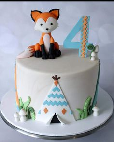 Bolo Fack, Boys 1st Birthday Cake, Camping Cakes, Fox Cake, Single Tier Cake, Woodland Cake, Friends Cake, Sweet Cakes, Christmas Desserts